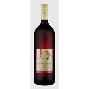 Cabernet Sauvignon - červené, suché víno Víno Nitra Classic 1l